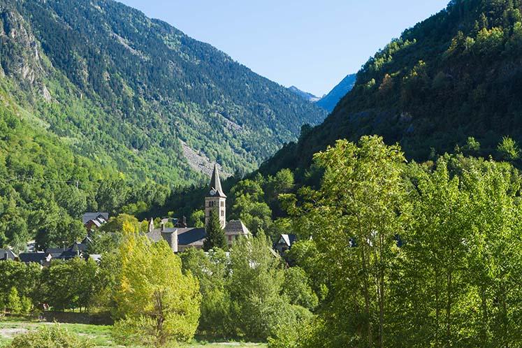 Apartamentos baqueira beret 5 excursiones en el valle de - Inmobiliarias valle de aran ...